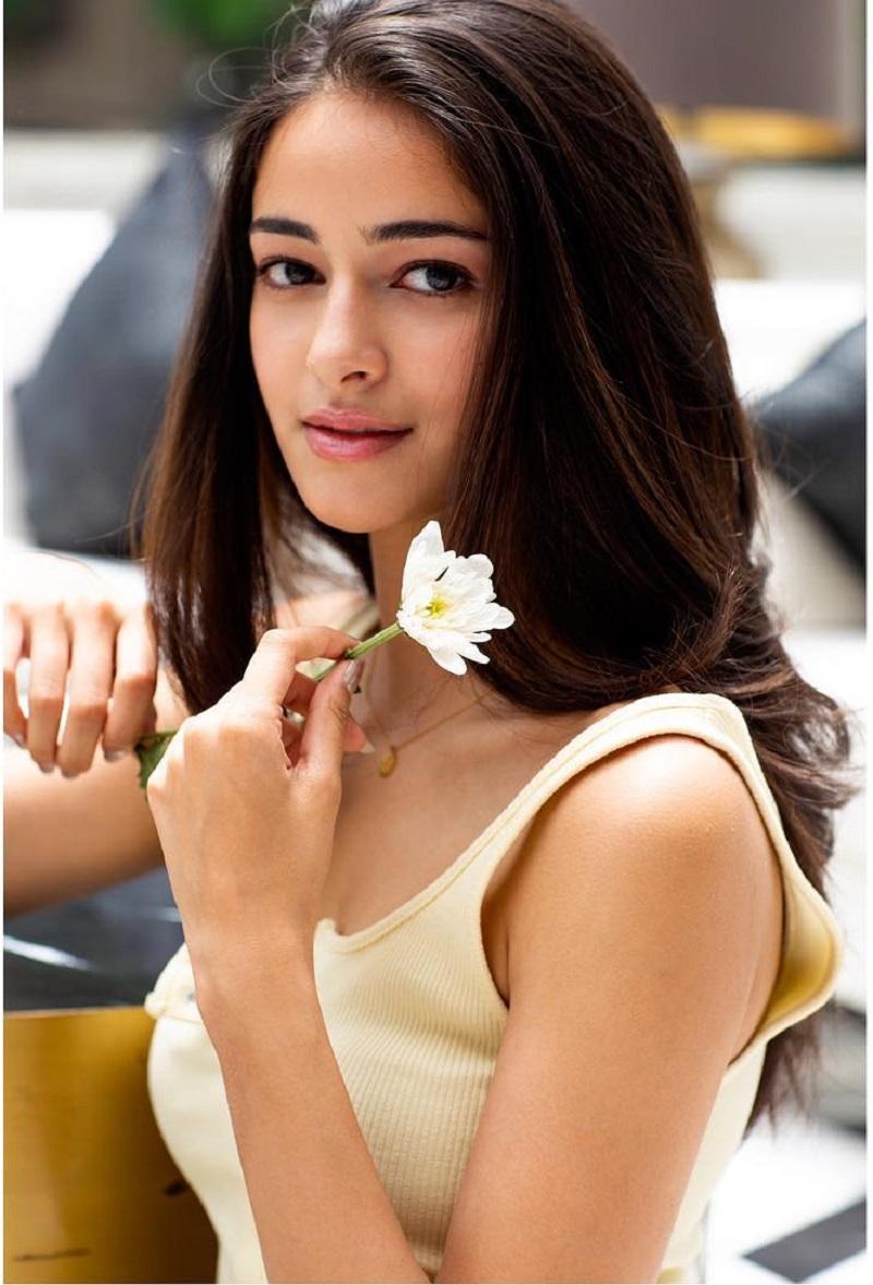 Cute Ananya Pandey 1