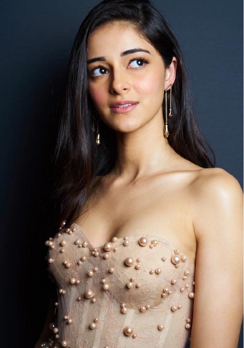 Hot Ananya Pandey